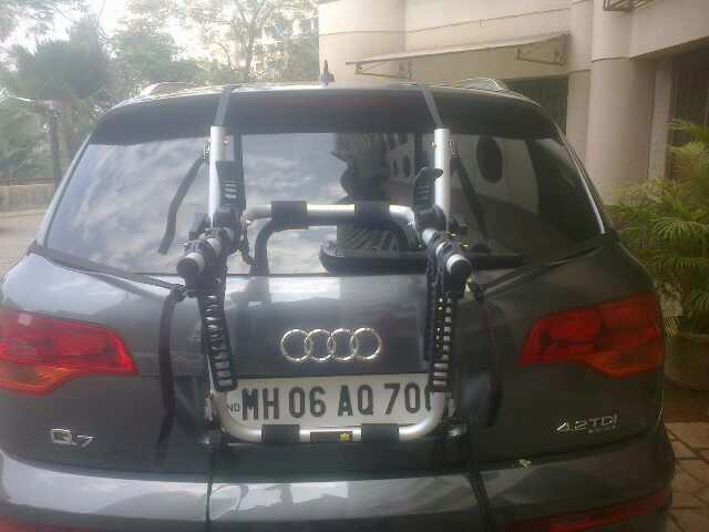 Audi-Q7-BikerZ-Car-Bike-Rack-2