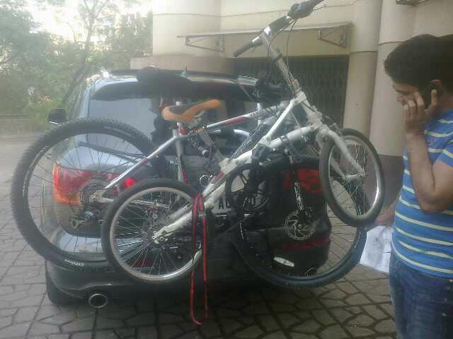 Audi-Q7-Car-Bicycle-Carrier-1