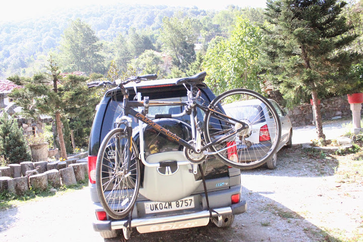 Tata Safari Rear Mounted Cycle Carrier