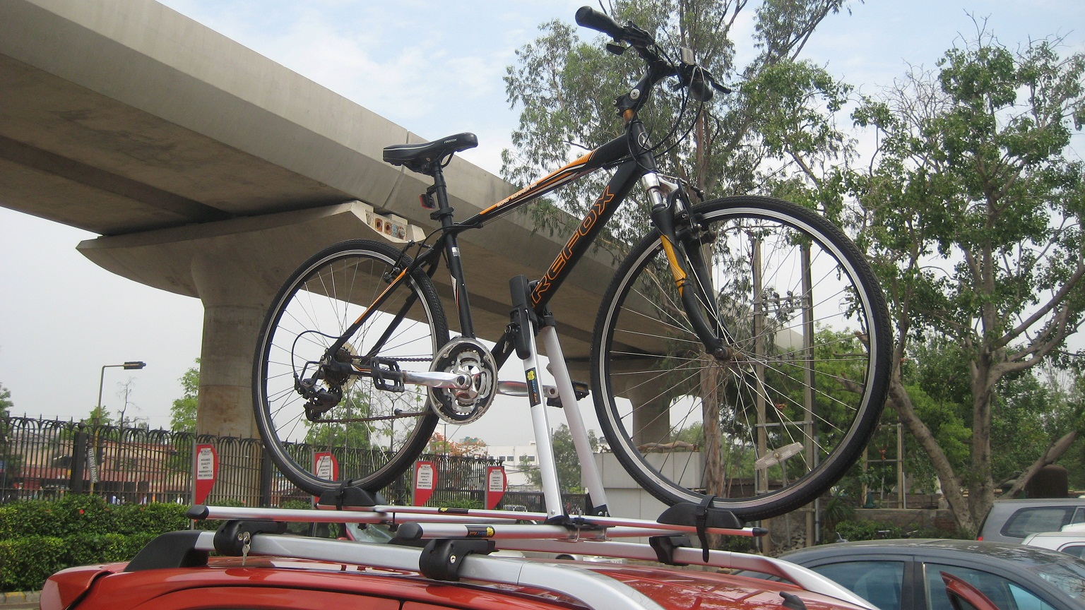 Toyota-Etios-Cross-Car-Bicycle-Carrier
