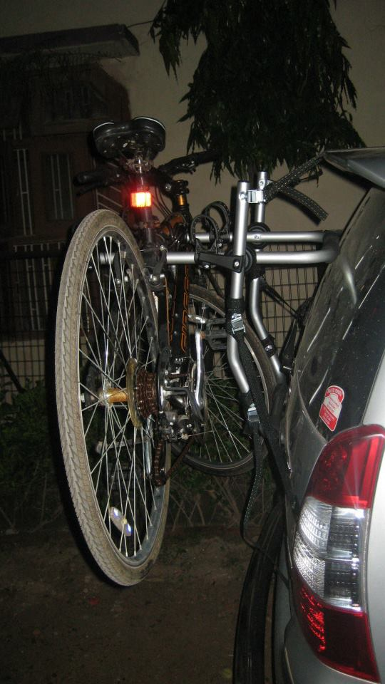 Toyota-Innova-Cycle-Carrier