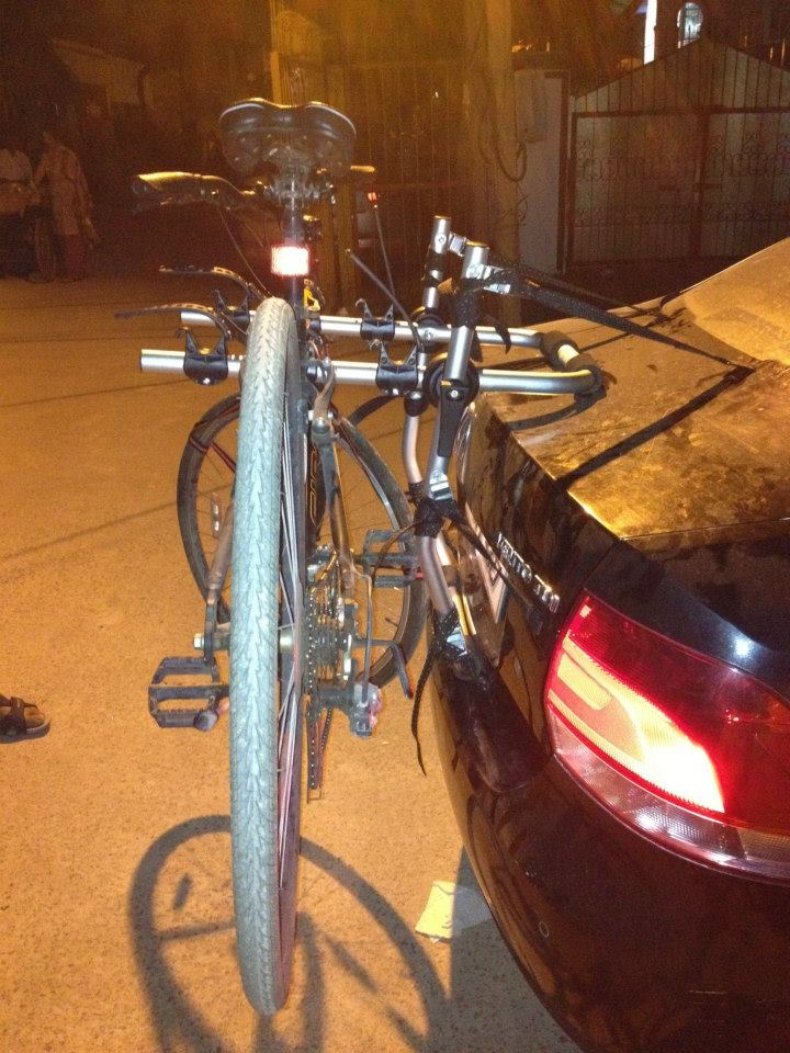 VolksWagon-Vento-BikerZ-Car-Bike-Rack