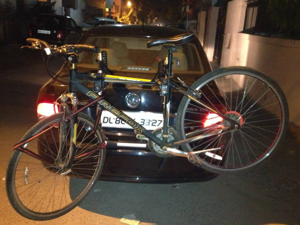 VolksWagon-Vento-Cycle-Carrier